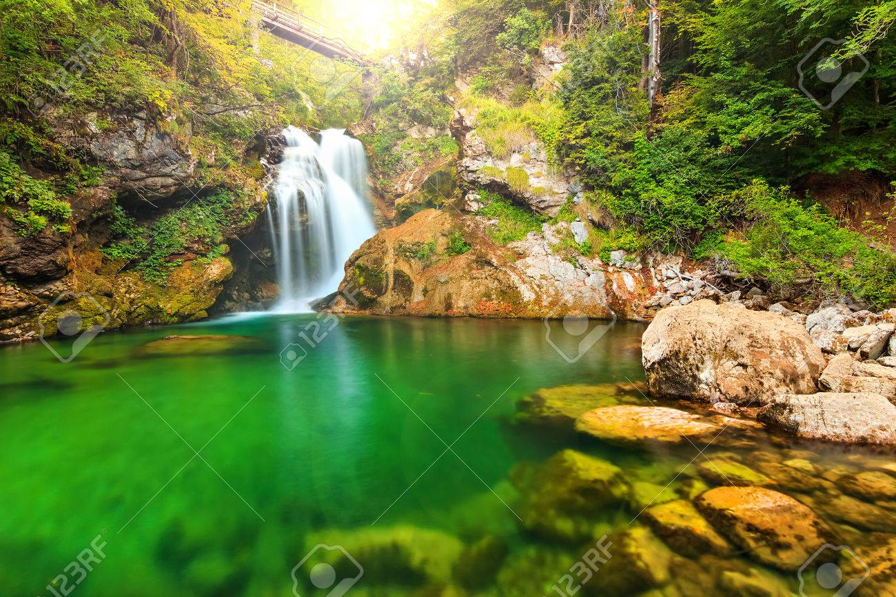 Waterfalls: Waterfalls Reflection Cascades Lake Green Beautiful ...