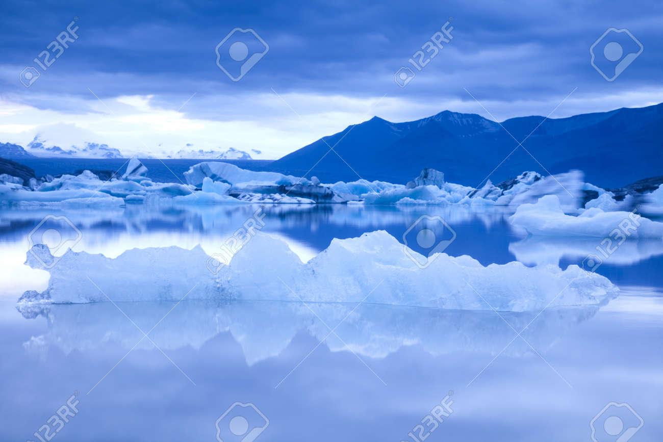 Landscape scenery with a ice, Jokulsarlon, Iceland Stock Photo - 12140949