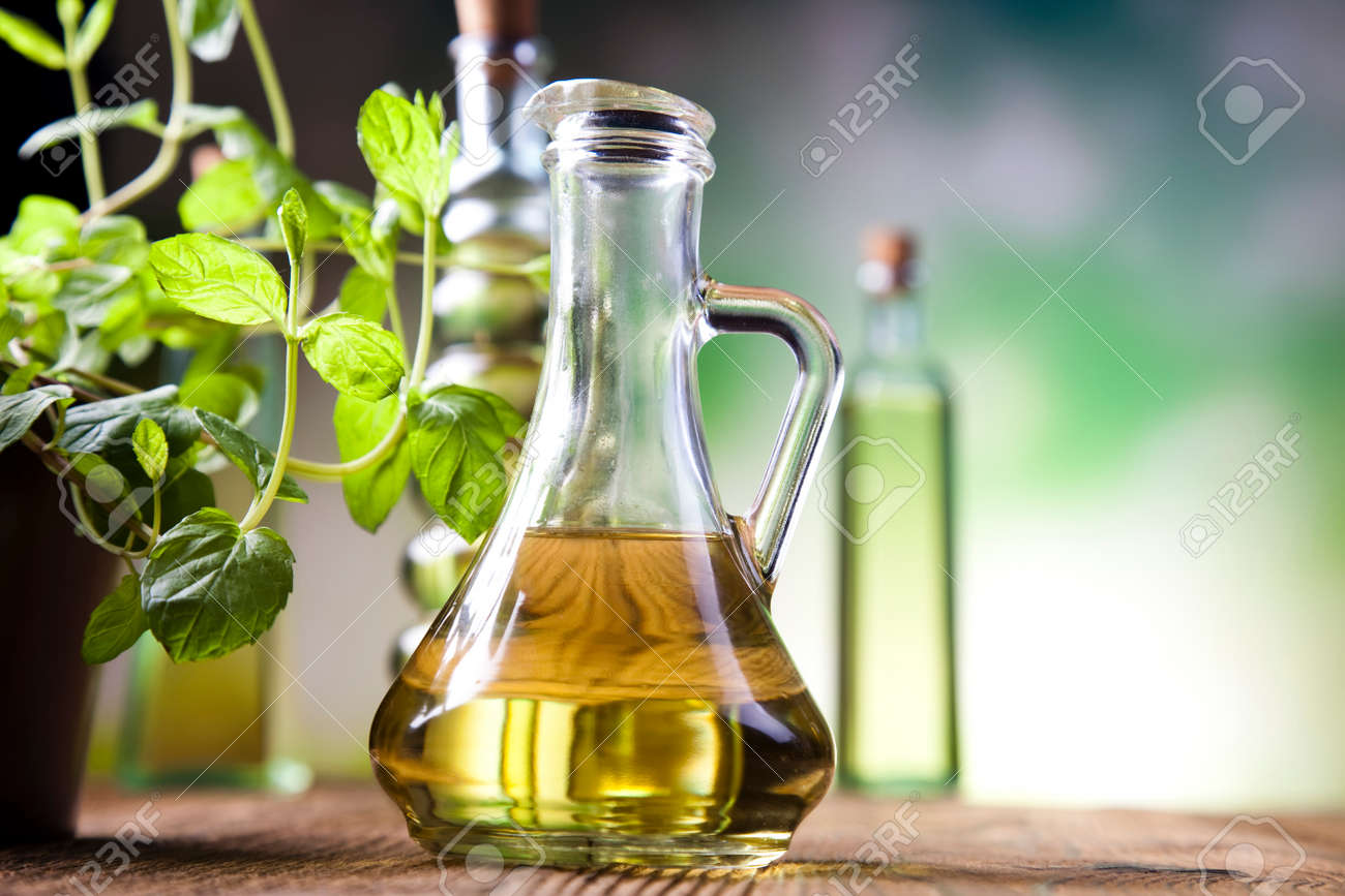 Carafe with olive oil - 30035524