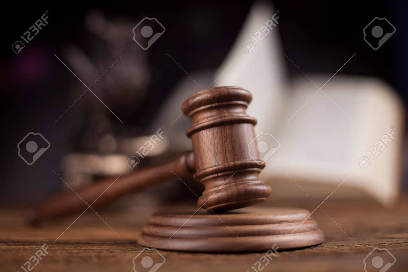 Law theme, mallet of judge, wooden gavel - 39122100