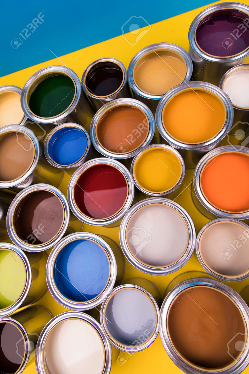Creativity concept group of tin metal cans with color paint - 169081412