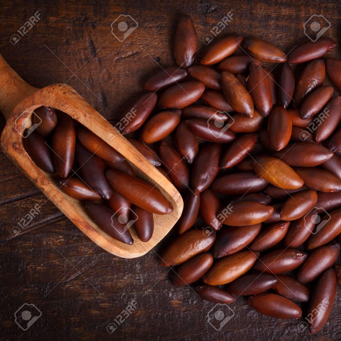 Baru almond (Cumaru, Cumbaru, Barujo, Coco-feijao, Cumarurana)