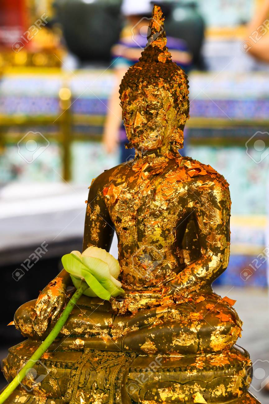 Buddha statue Stock Photo - 19245119