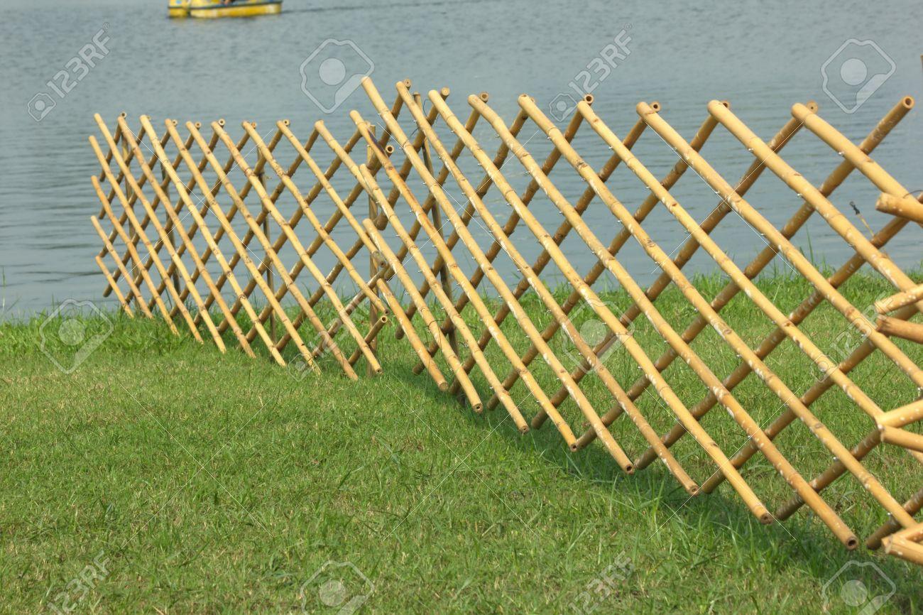 Ein Bambus Zaun Ist Eine Temporäre Barriere Die Massivholz Ich