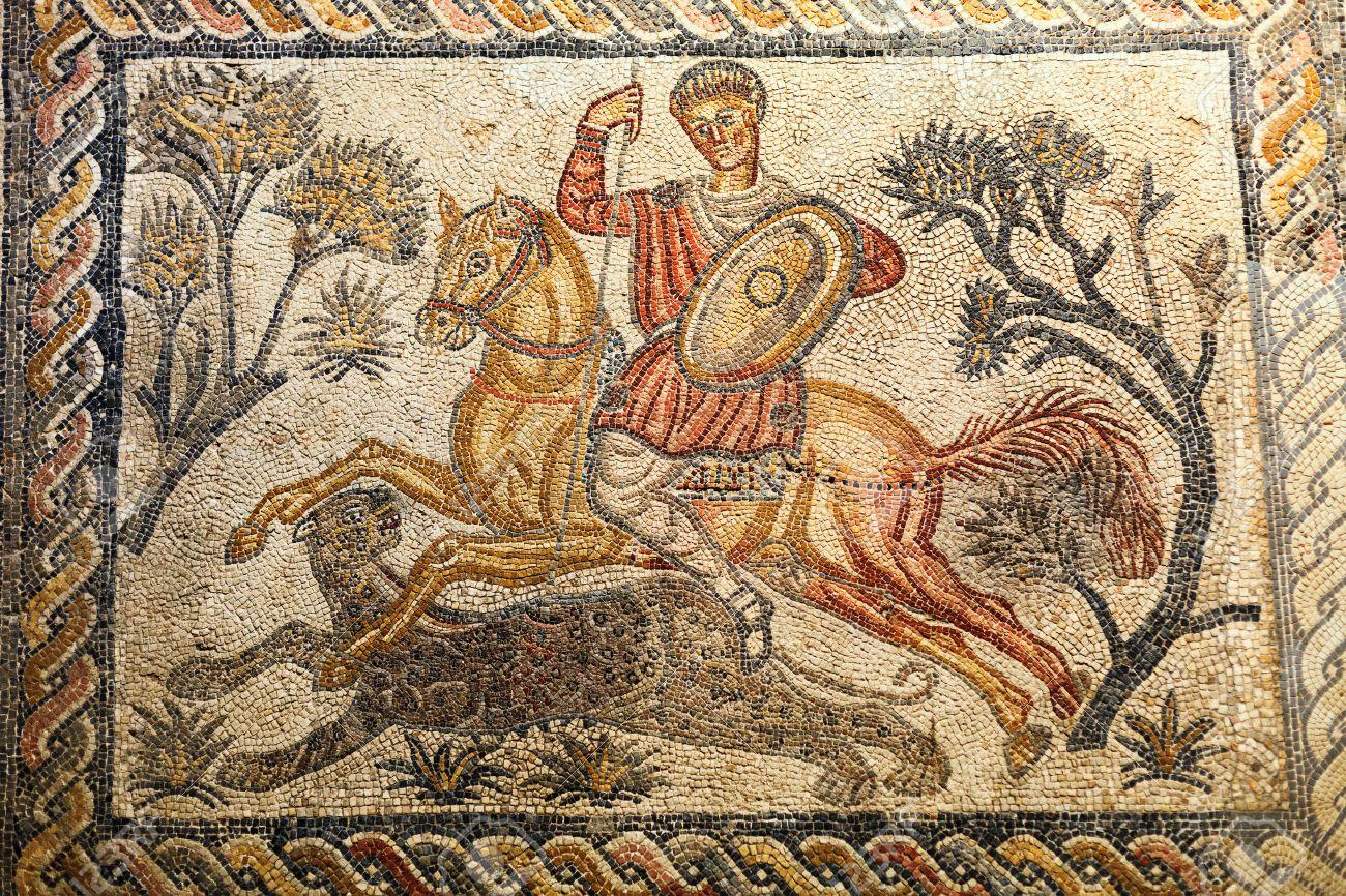 Fragment de mosa¯que romaine sc¨ne de chasse Musée National d Art Romain
