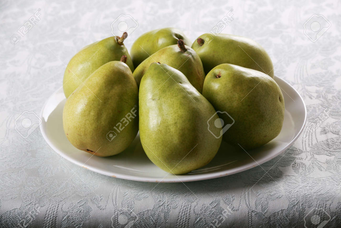 Seven different pears 42