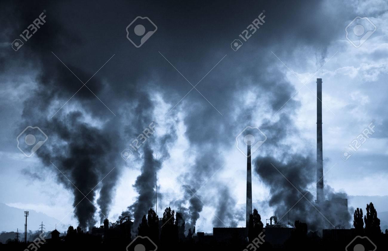 Air pollution (factory Mondi in city Ruzomberok, Slovakia) - 31393950
