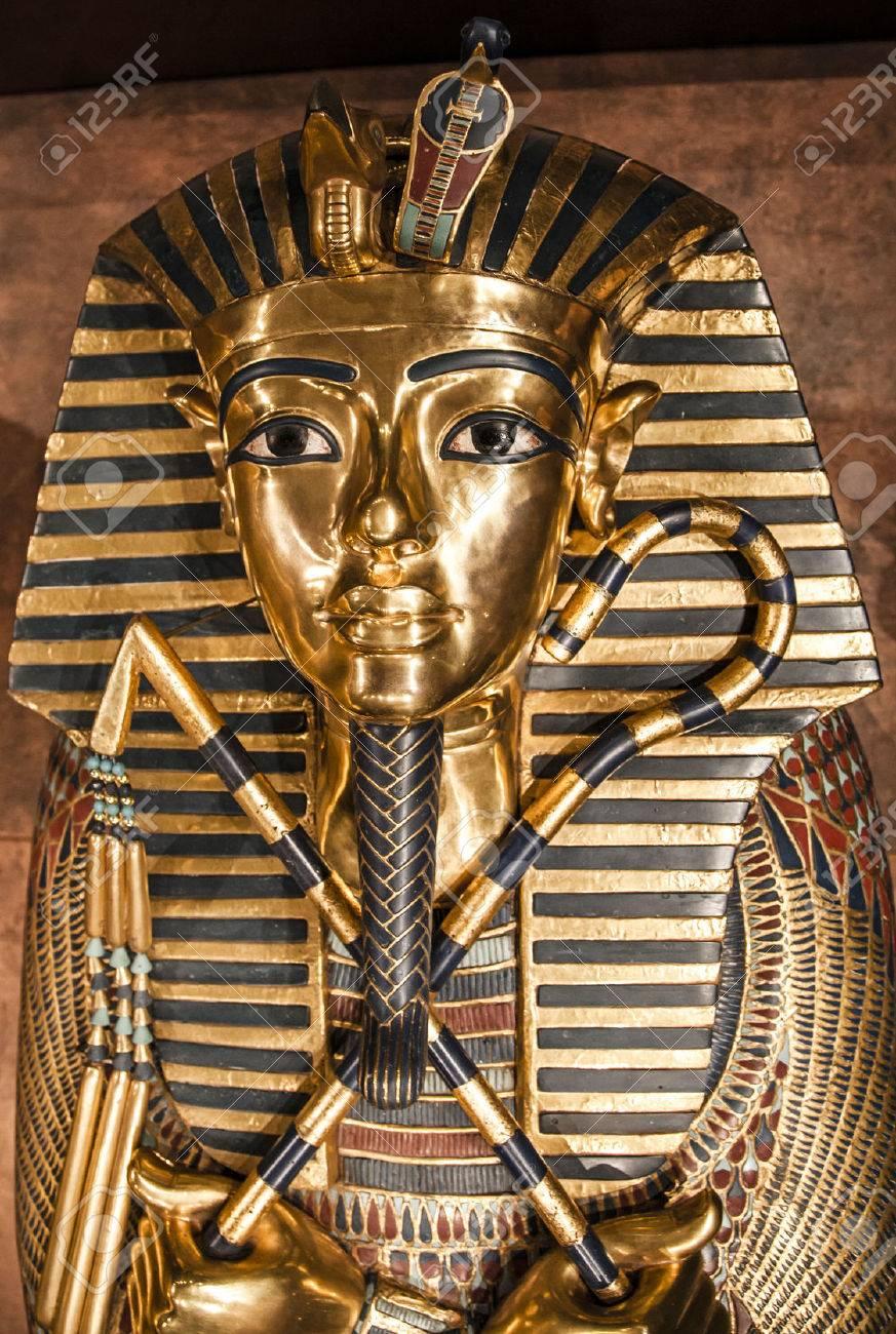 Detail of Tutankhamun's sarcophagus - 34893234