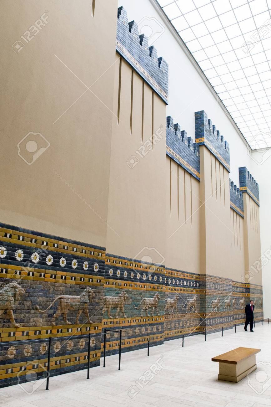 berlin germany april 7 tourists in front of ishtar gate from