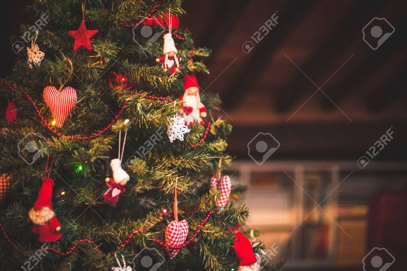 Christmas tree and Christmas decorations - 31504993