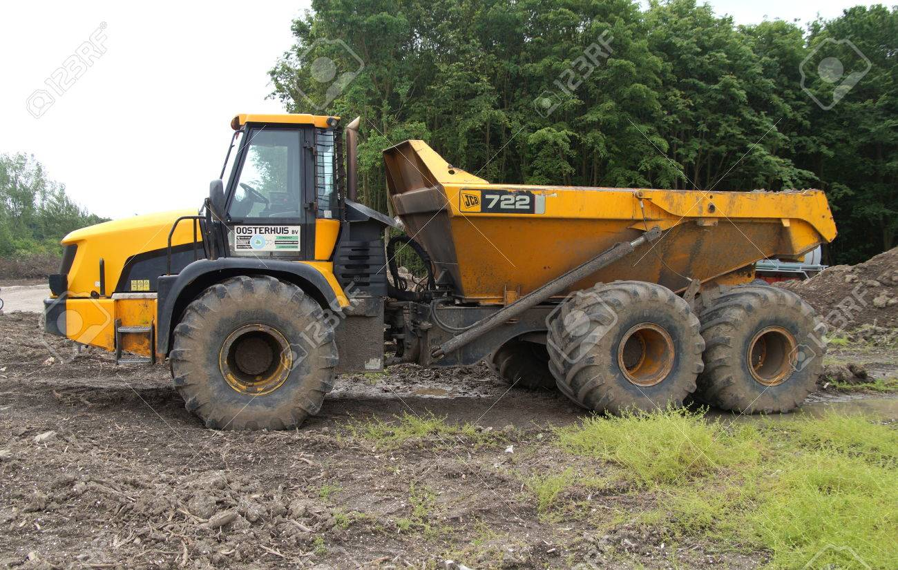 yellow jcb 722 articulated dump truck stock photo picture and
