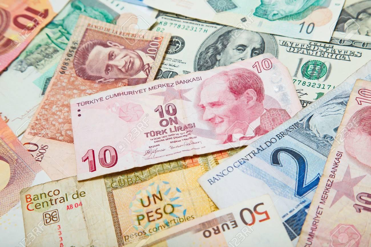 Contexte De La Monnaie De Papier Des Differents Pays Livre Turque Au Milieu