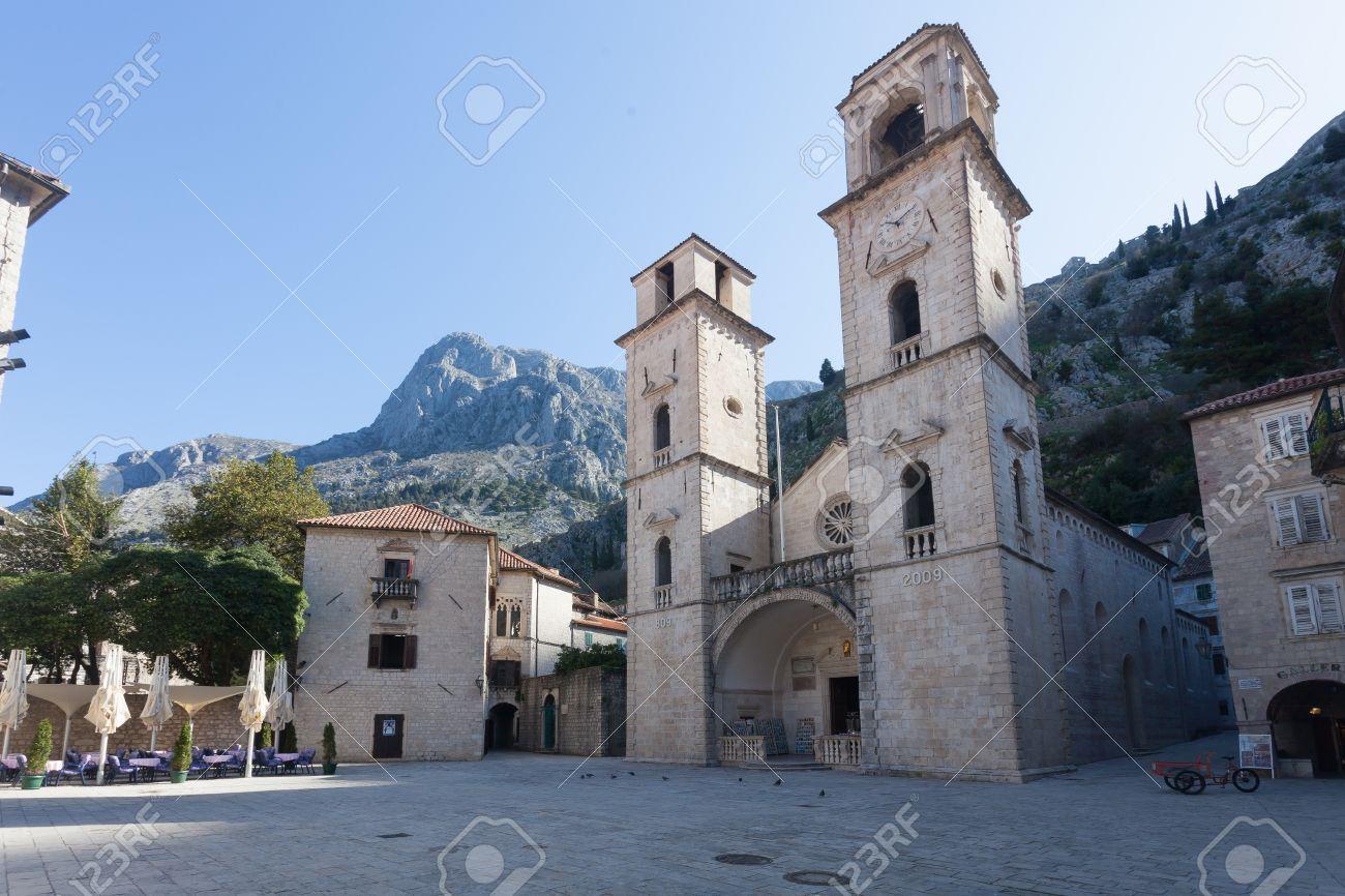 """Résultat de recherche d'images pour """"Saint Tryphon Cathedral montenegro"""""""