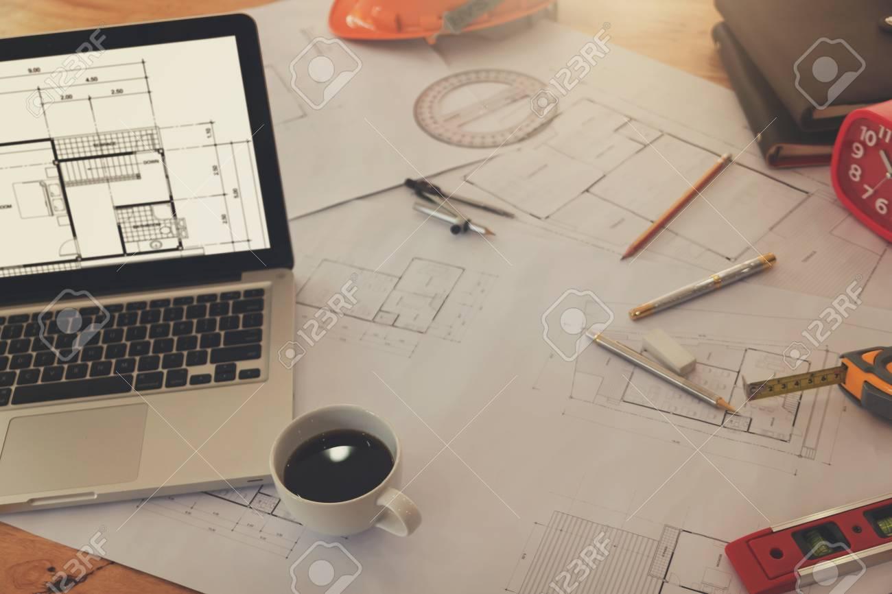 Ingenieur Und Architekt Konzept, Ingenieur Architekten Büro Team ...