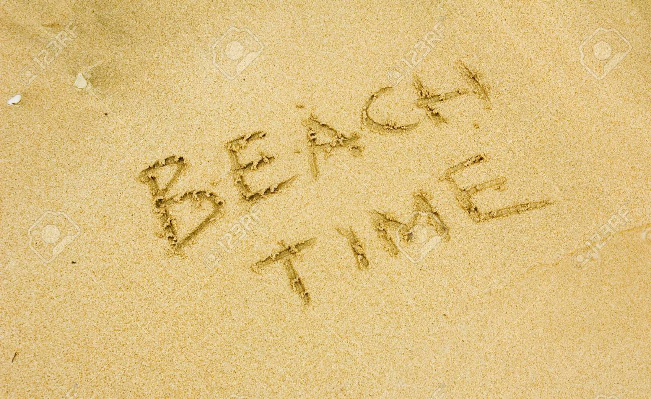beach time written in the golden sand Stock Photo - 735307