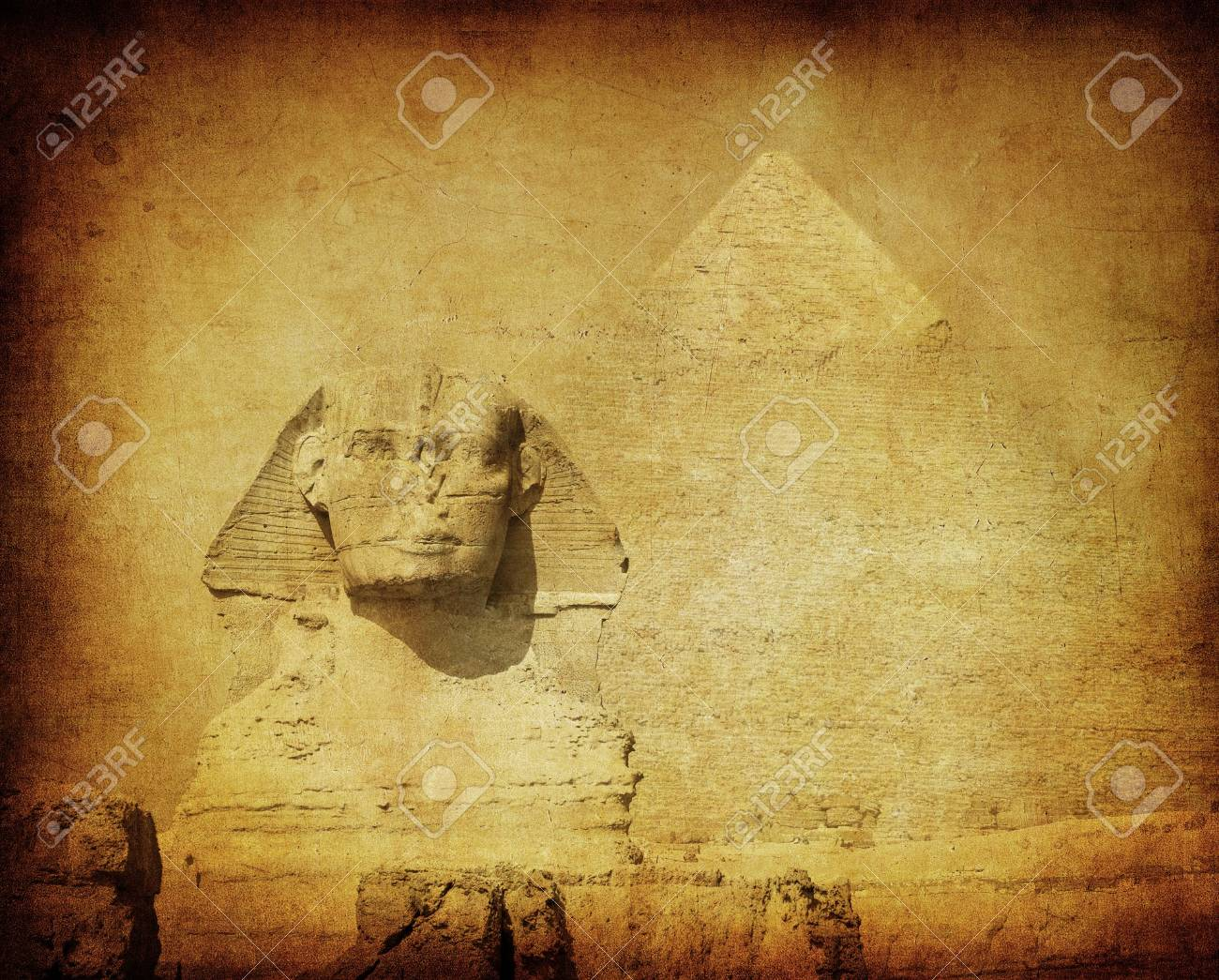 grunge image of sphynx and pyramid Stock Photo - 3748015