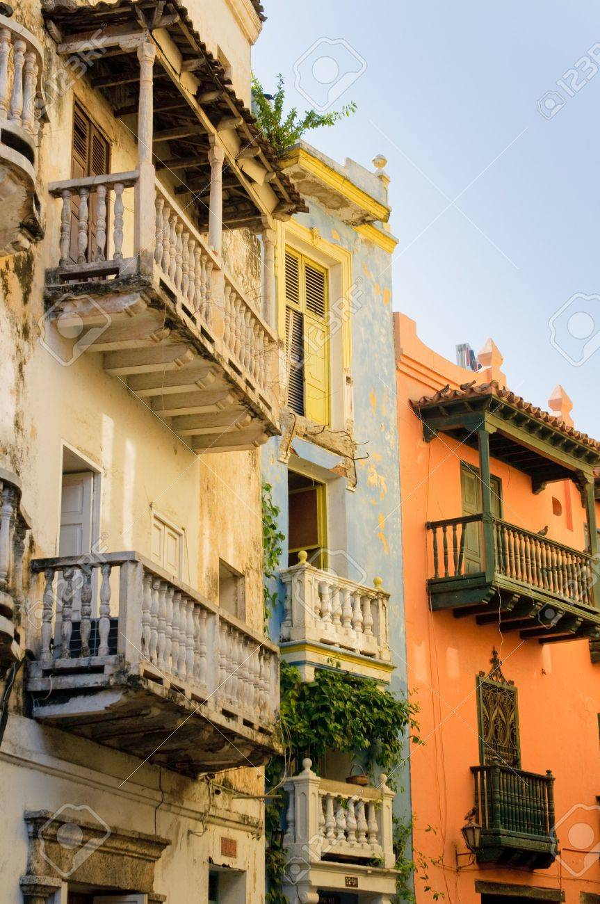 Streets of Cartagena, Colombia Stock Photo - 6353246