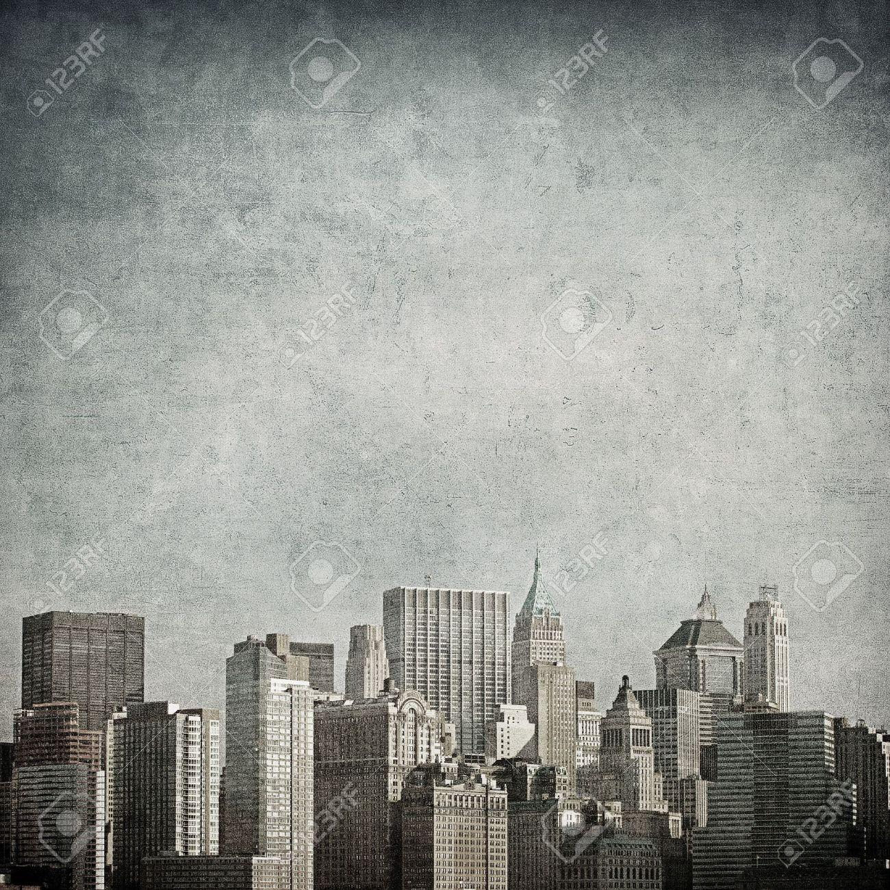 grunge image of new york skyline Stock Photo - 11368073