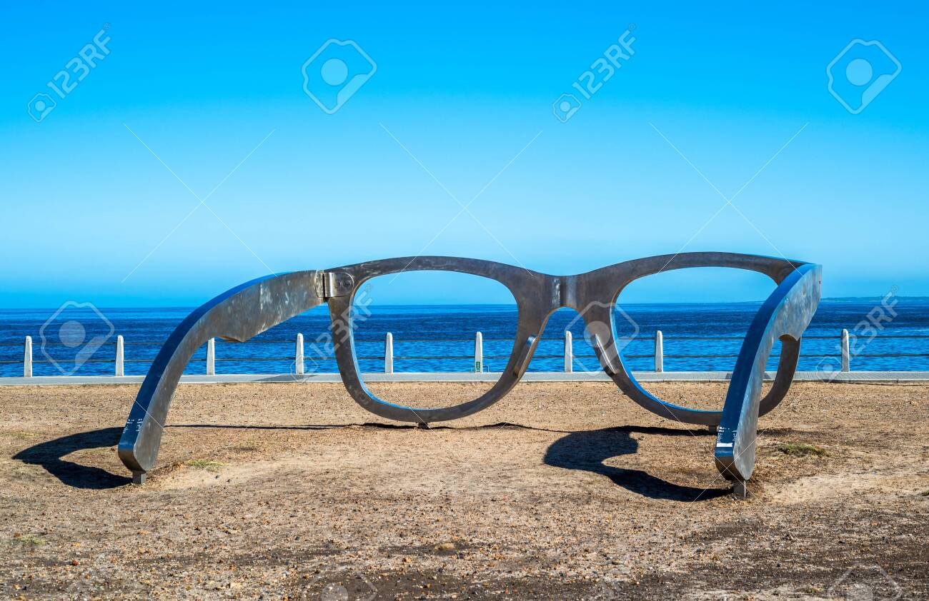 Sculpture of glasses at Cape Town waterfront, South Africa - 132282702