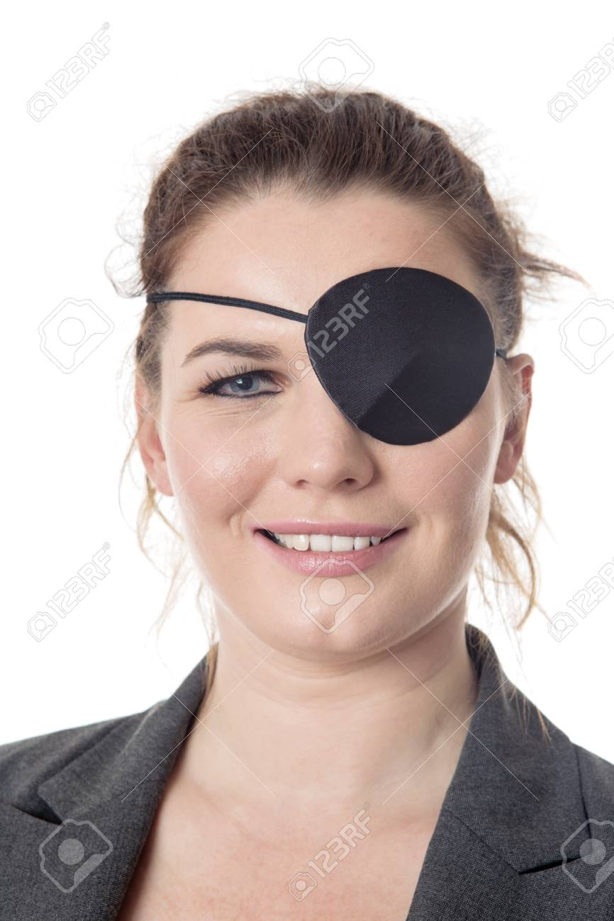 004dbef7499 business woman wear a eye patch over one eye Stock Photo - 79641394