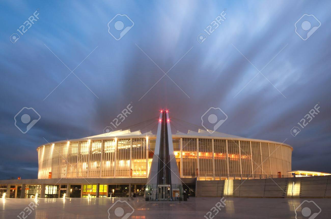 DURBAN - APRIL  5: the Moses Mabhida stadium of Durban photographed at night, april 5, 2010 Stock Photo - 7137858
