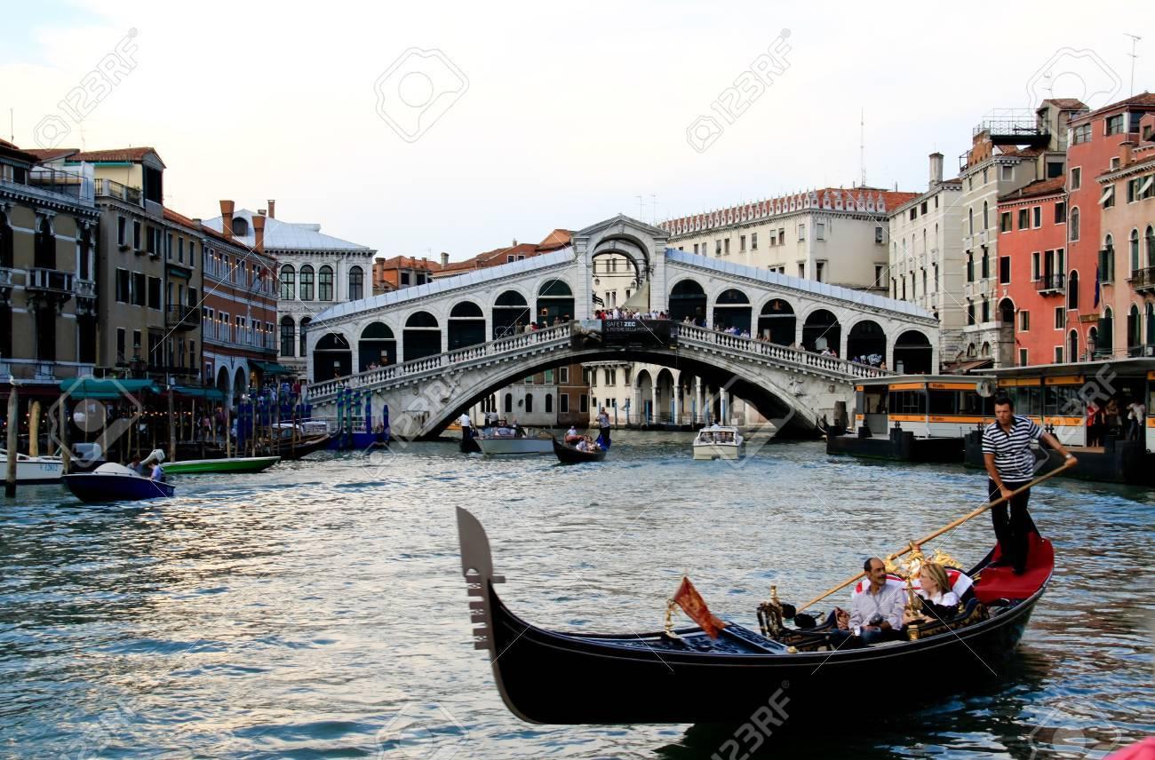 Gondolas in Venice Stock Photo - 10290541
