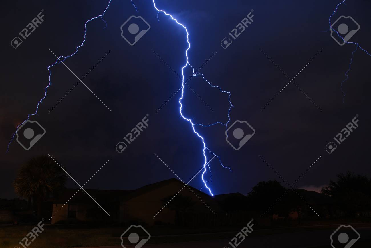 Spring storm lightning strike in a local neighborhood Stock Photo - 3088181