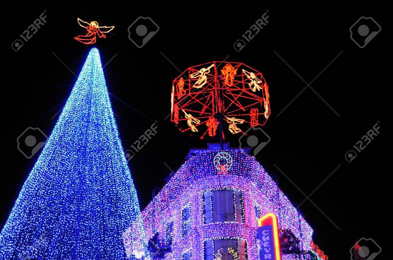 Lake Buena Vista, FL   December 5: Osborne Christmas Light Display At Waly  Disney
