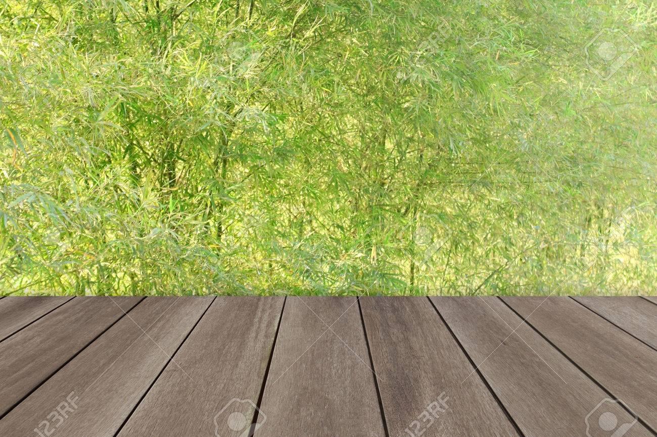 Grunge Holzboden Mit Bambus Zaun Hintergrund Lizenzfreie Fotos