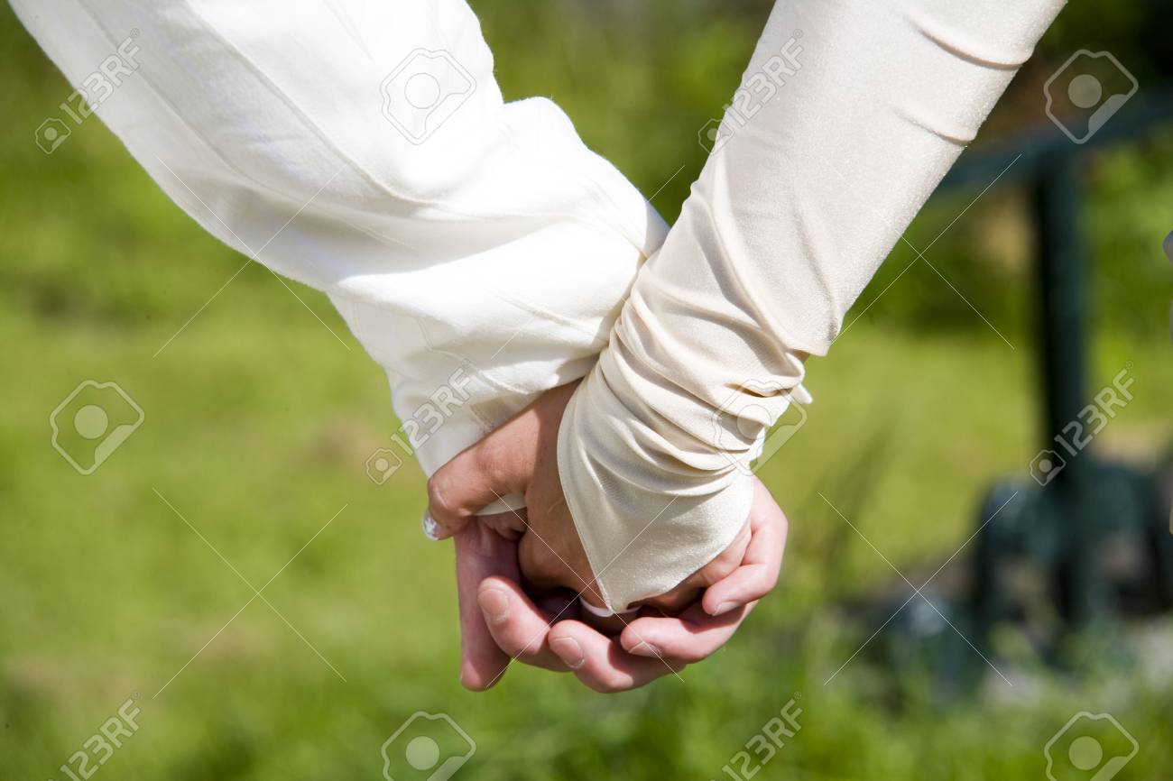 holding hands Stock Photo - 2541831