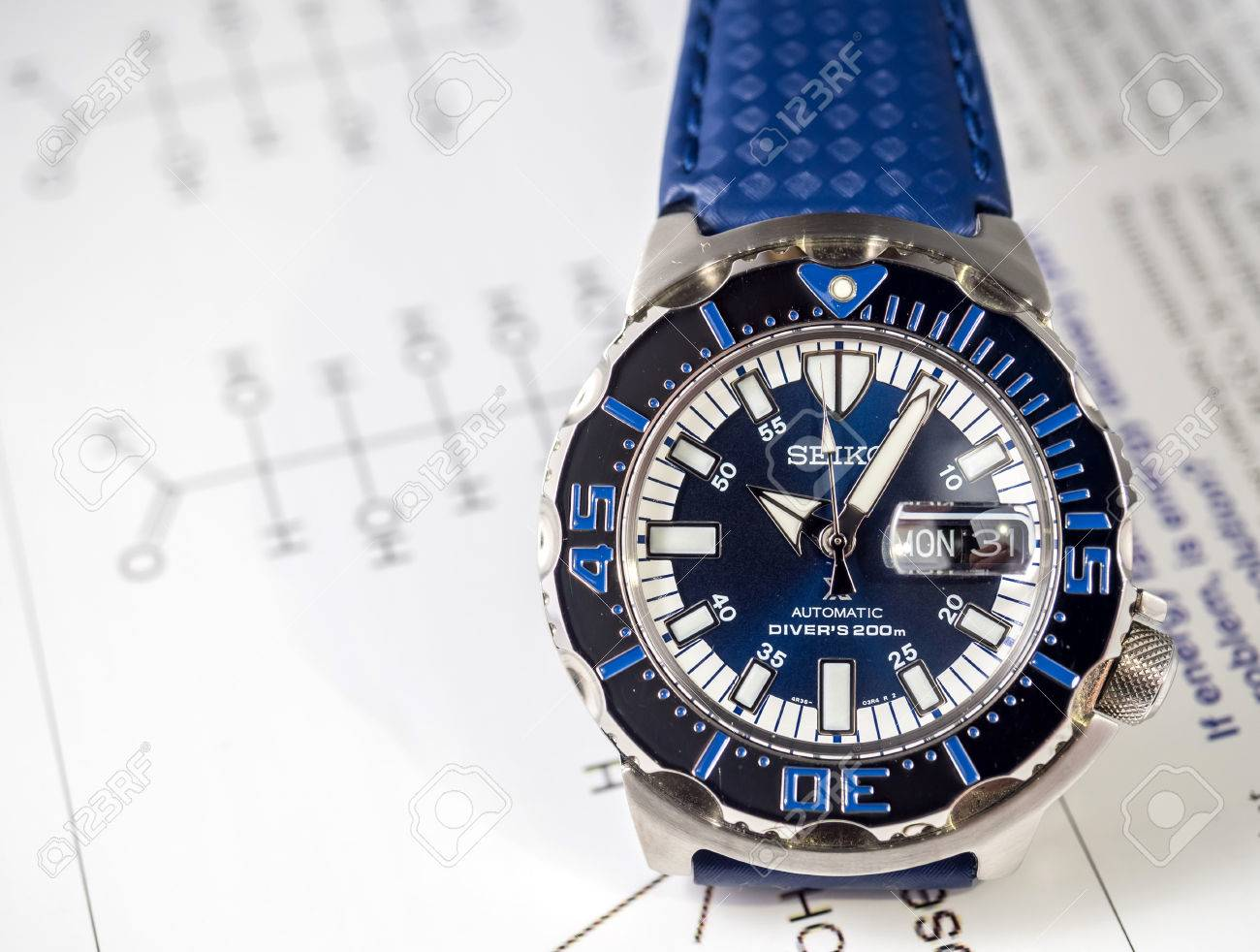BANGKOK - 2. September: Seiko Taucher Automatik-Uhr, Königsblau ...
