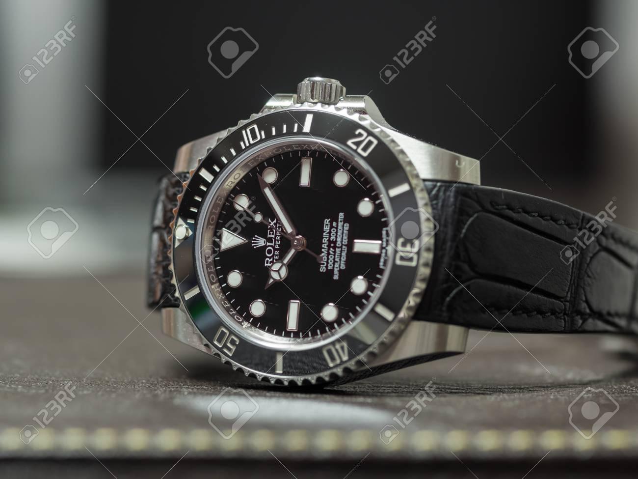 24 Reloj Lujo Piel En Fecha Bisel Sin PopularY Con SeptiembreRolex Modelo Bangkok Correa Cocodrilo Más La CerámicaEl De Submariner wOv80mNn
