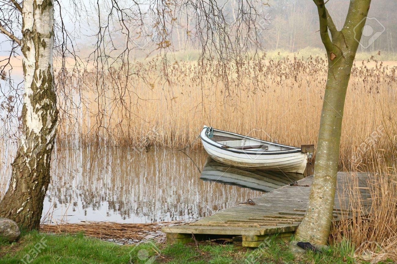Bateaux sur un lac au Danemark Banque d'images - 9743632