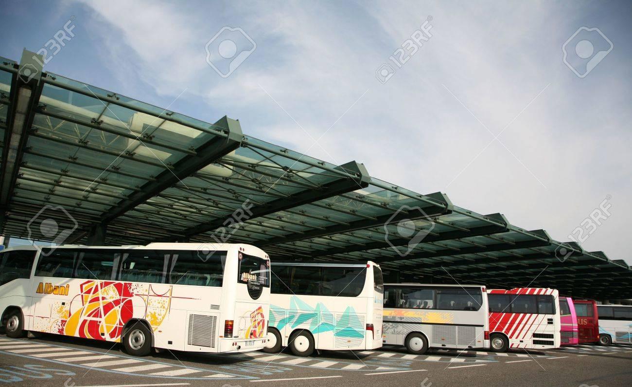 bus à milano Italie - été 2007 Banque d'images - 11951632