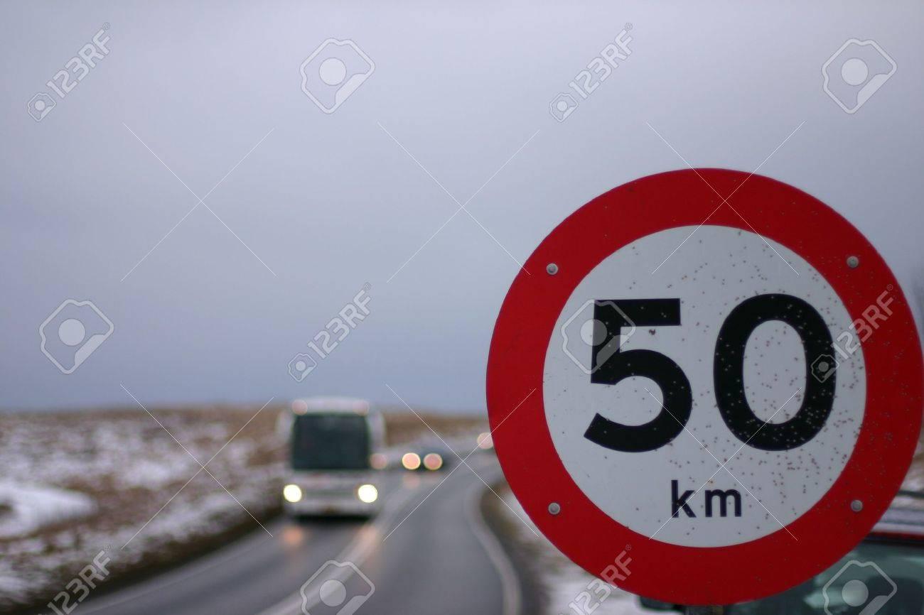 Les panneaux de signalisation Banque d'images - 11945797