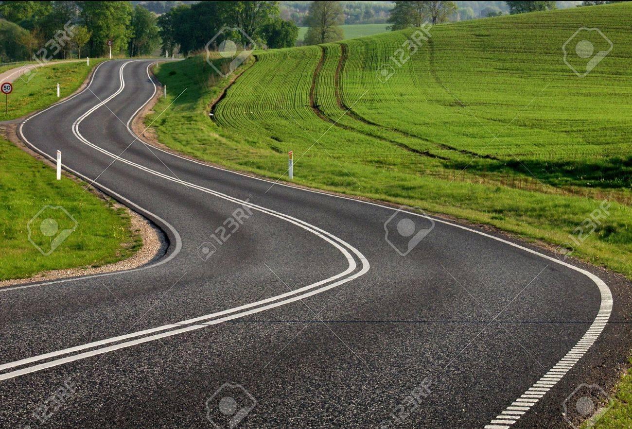 de routes rurales dans la campagne Banque d'images - 12015318