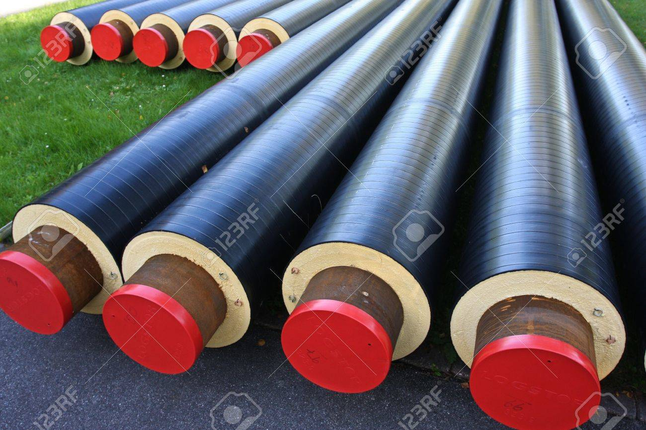 Pipes used for district heating Banque d'images - 21248739