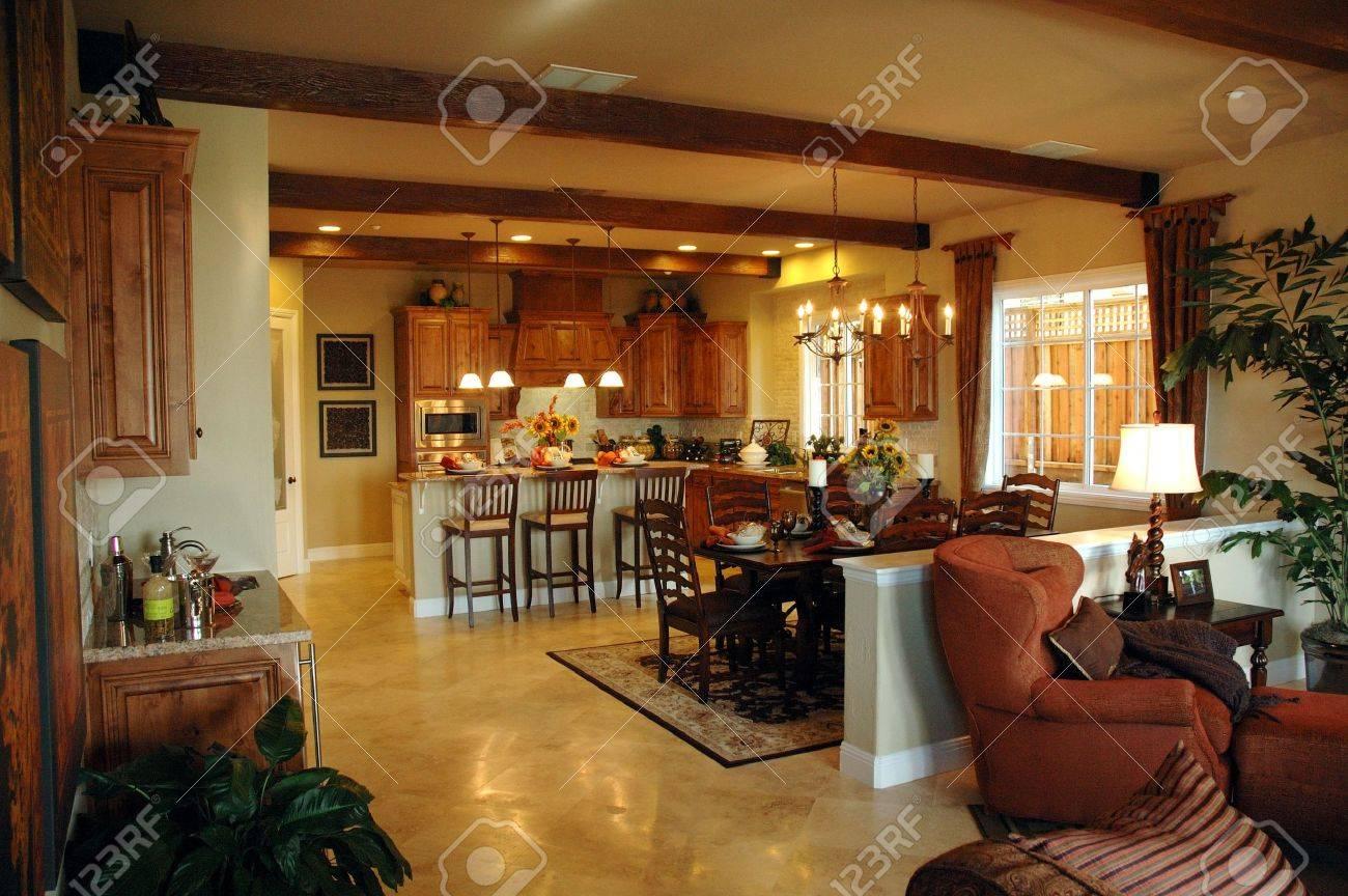 Moderne Küche In Neue Entwicklung In Nord-Kalifornien Moderne ...