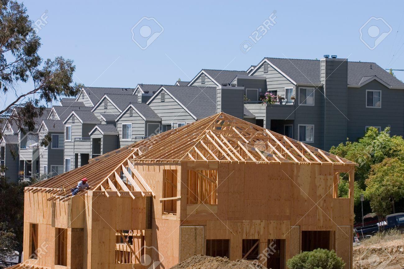 Large Modern Wood Framed House Under onstruction With ... - ^