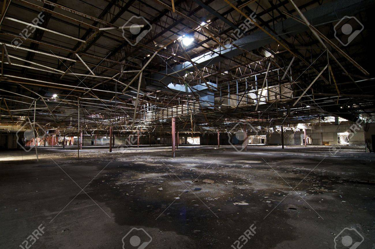 Abandoned Department Store 2 Stock Photo - 4616623