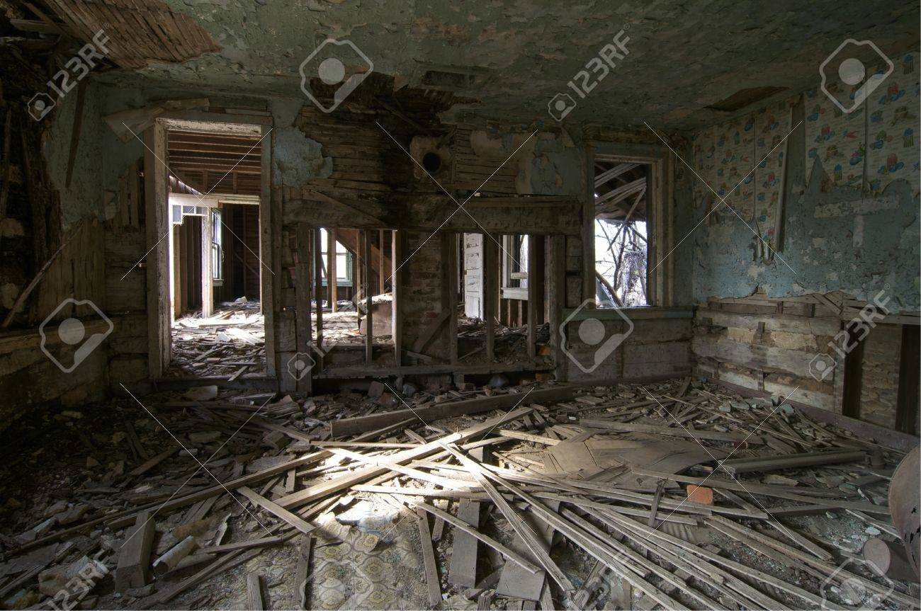 A former kitchen in an abandoned house Stock Photo - 11835882
