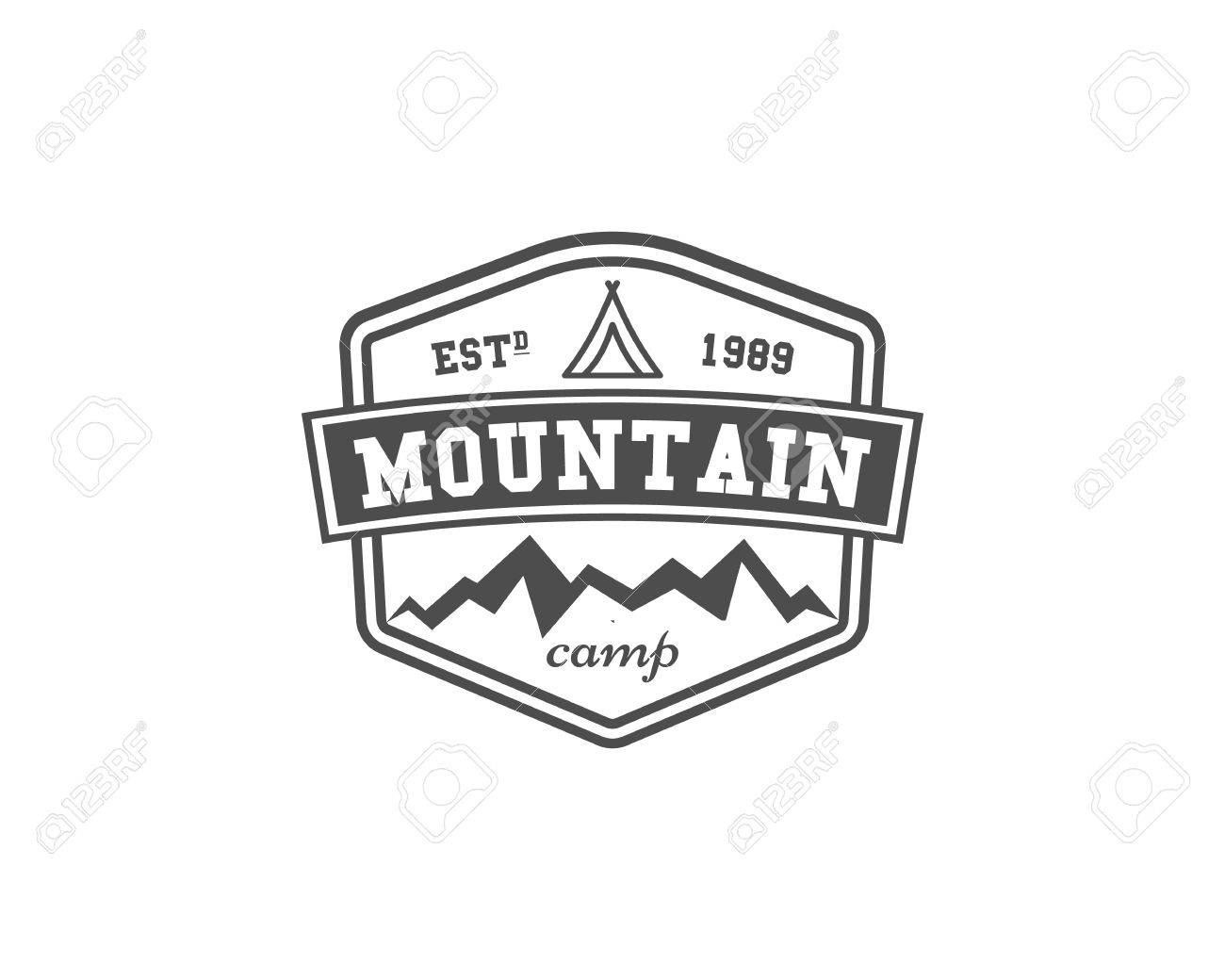 Retro Montagne Le Camping Insigne Embleme Et L Etiquette Notion D