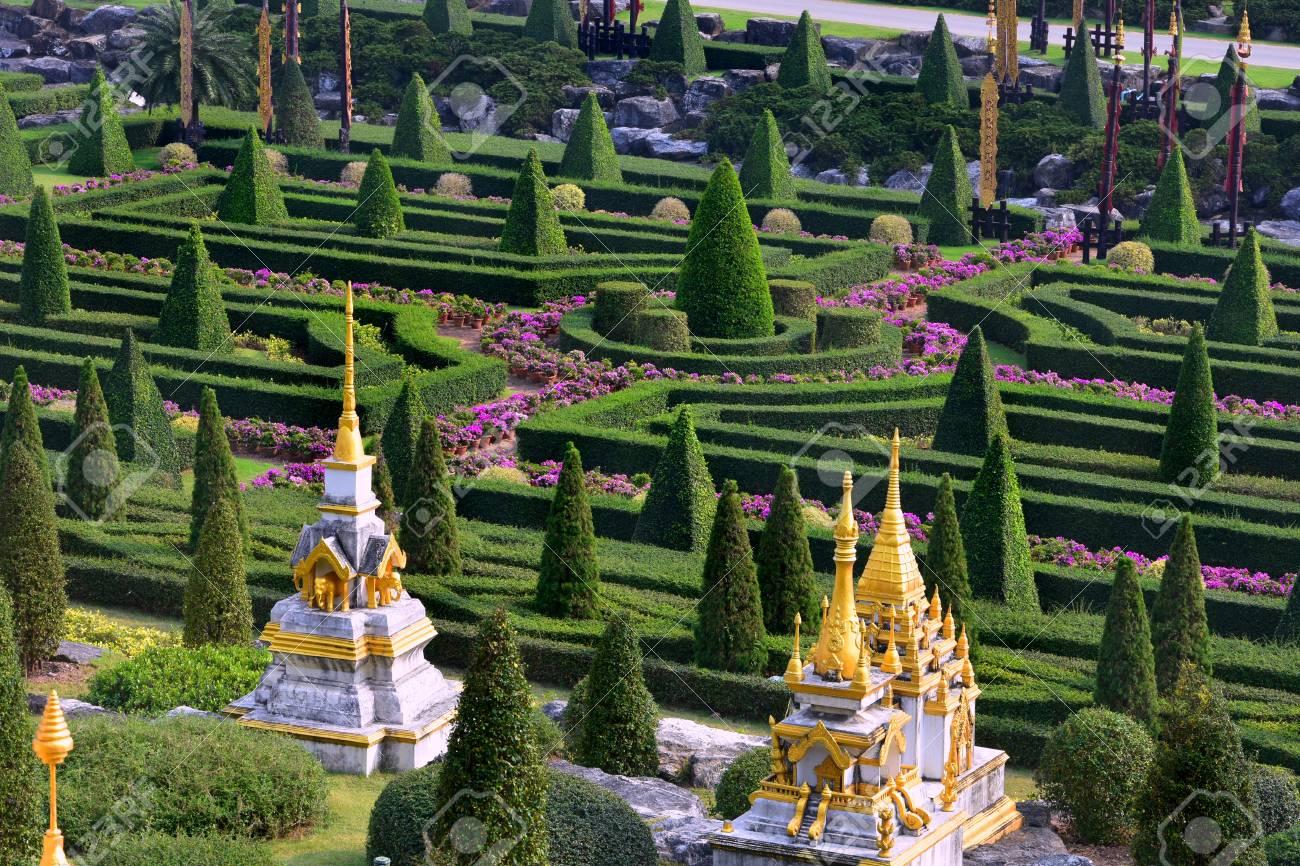 Nong Nooch Tropical Botanical Garden, Pattaya City, Thailand Stock Photo - 98144040