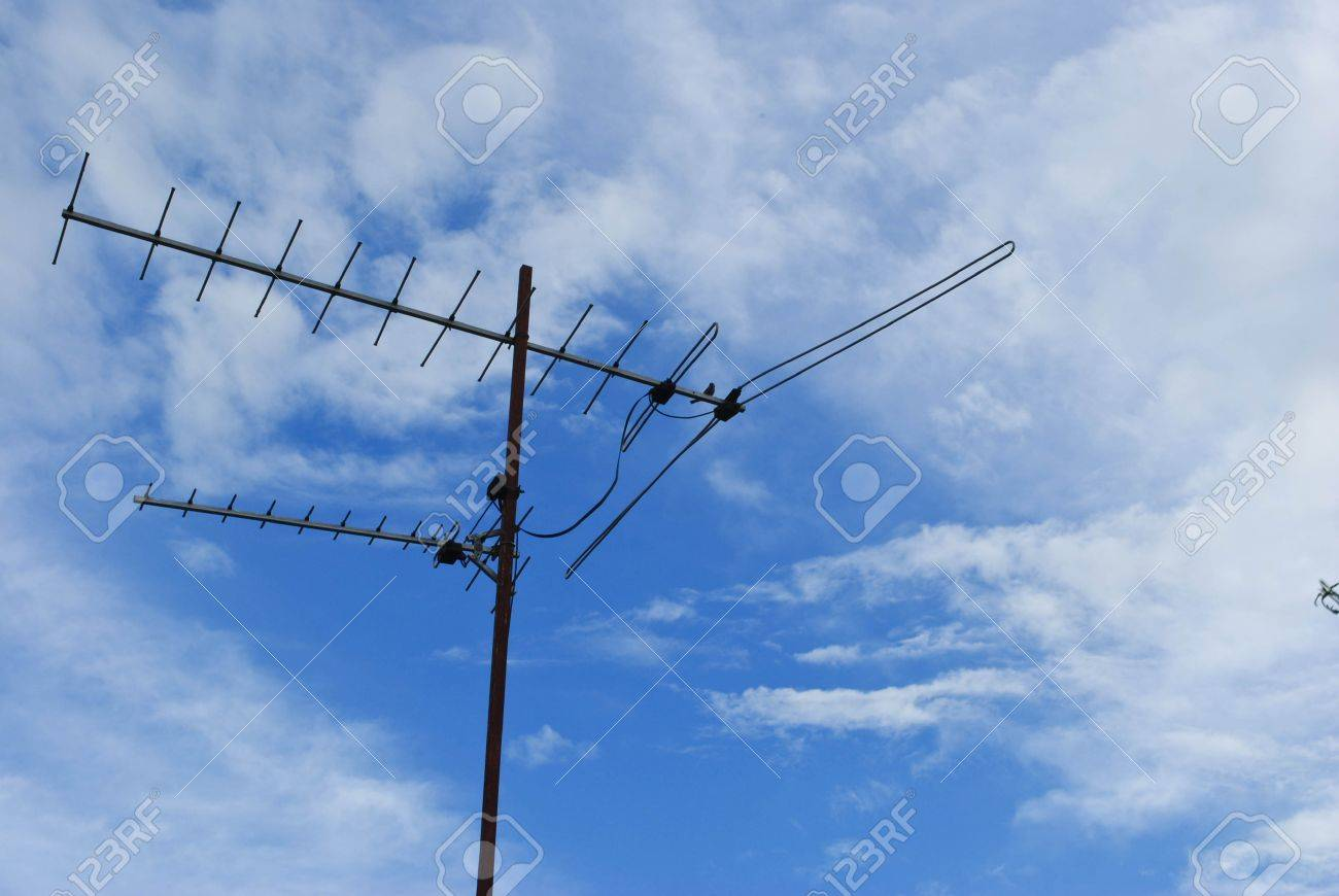 Home Advance TV Antenna On Blue Sky Stock Photo, Picture And Royalty ...