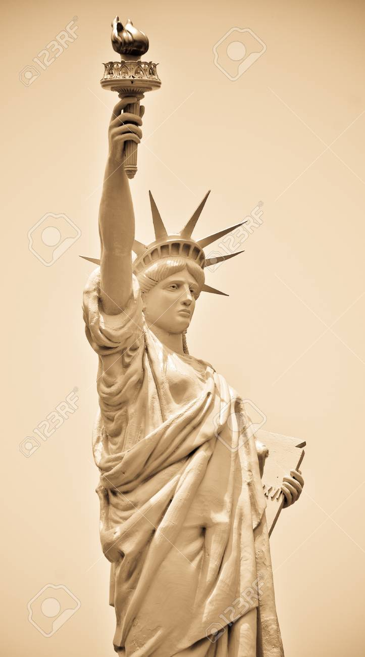 Statue of Liberty in New York Stock Photo - 19363905