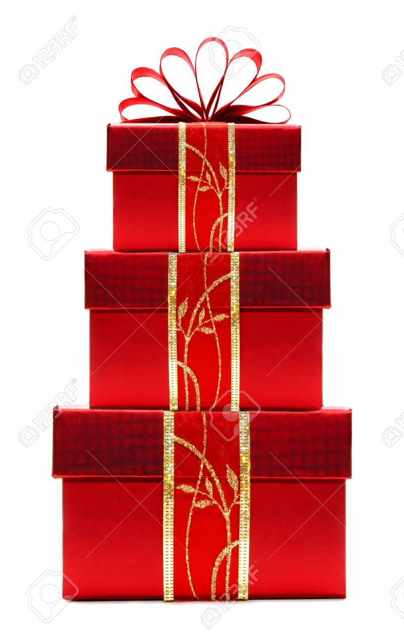 Gestapelde Rode Kerst Cadeau Dozen Met Lint En Boog Geïsoleerd Op Een Witte Achtergrond