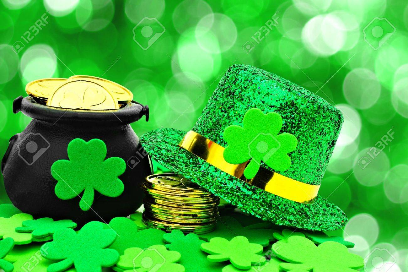 Patricks Day Top Hat Pot of Gold and Shamrock Clovers Room Wall Decor with Assorted Print Design St Holiday Decoration Wall Stickers with Self Adhesive Back