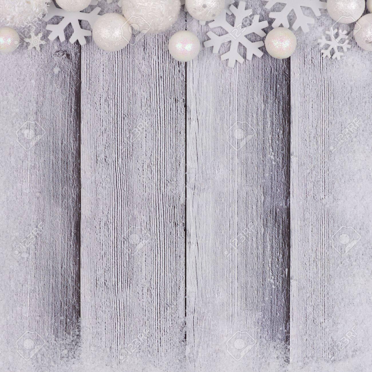 Frontera Superior Del Ornamento De La Navidad Blanca Con El Marco De ...