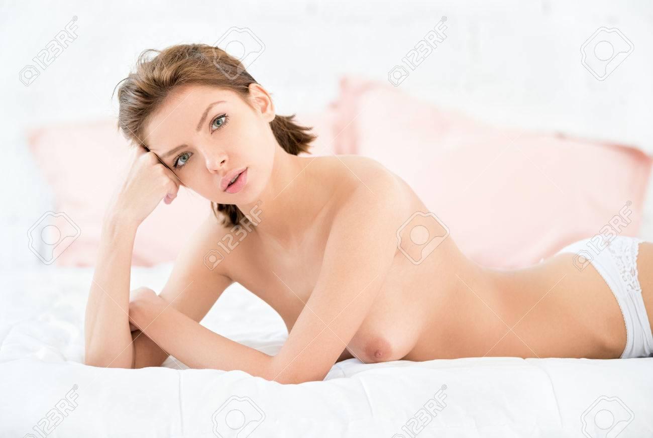 sexe nue Dame adolescent chatte amateur