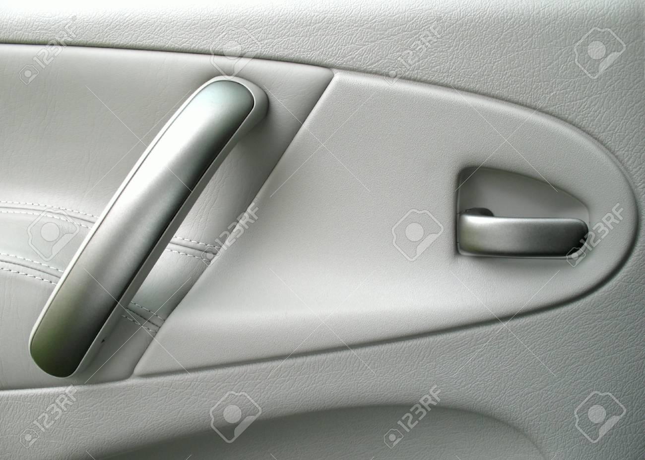 Auto Tür Im Inneren Des Autos Lizenzfreie Fotos, Bilder Und Stock ...